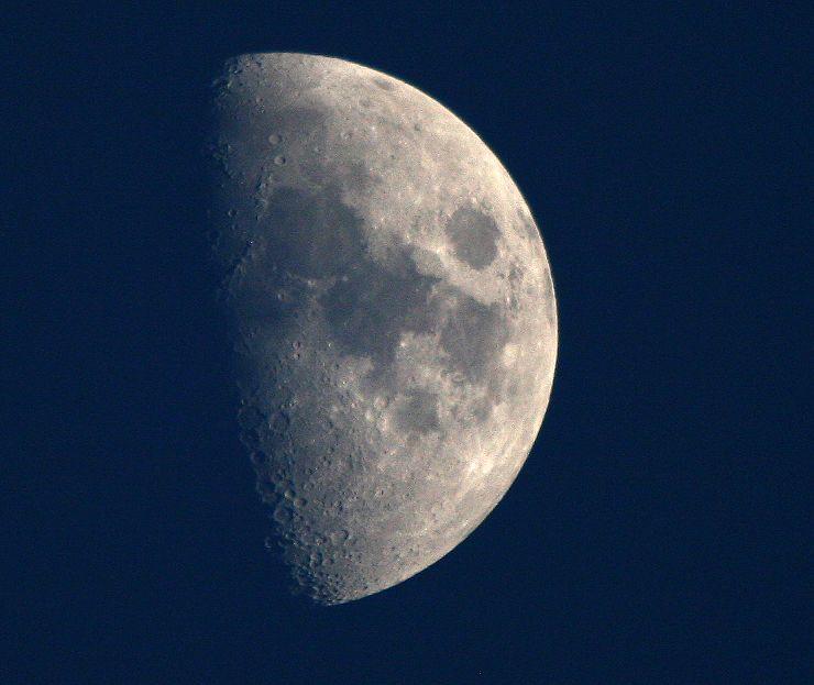 500mm拍月亮