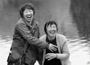 母女------祝贺荣获黑白影像华盈彩票精华!