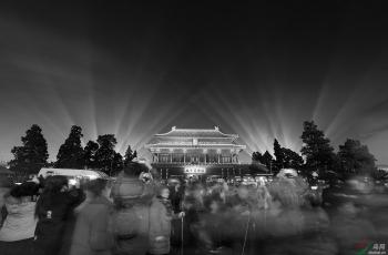 夜故宫! ------祝贺荣获首页黑白影像精华!