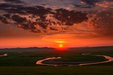 莫尔格勒河的晚霞