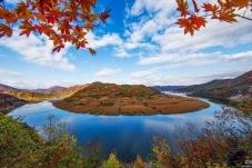 《秋色》-----浑江大湾
