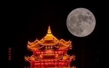 中秋月正圆