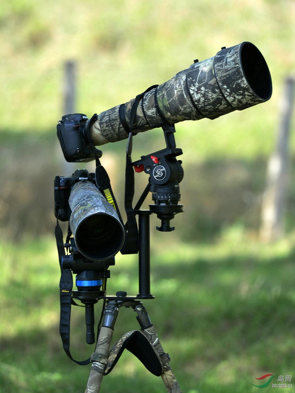 双机位云台架可以调整拍摄角度