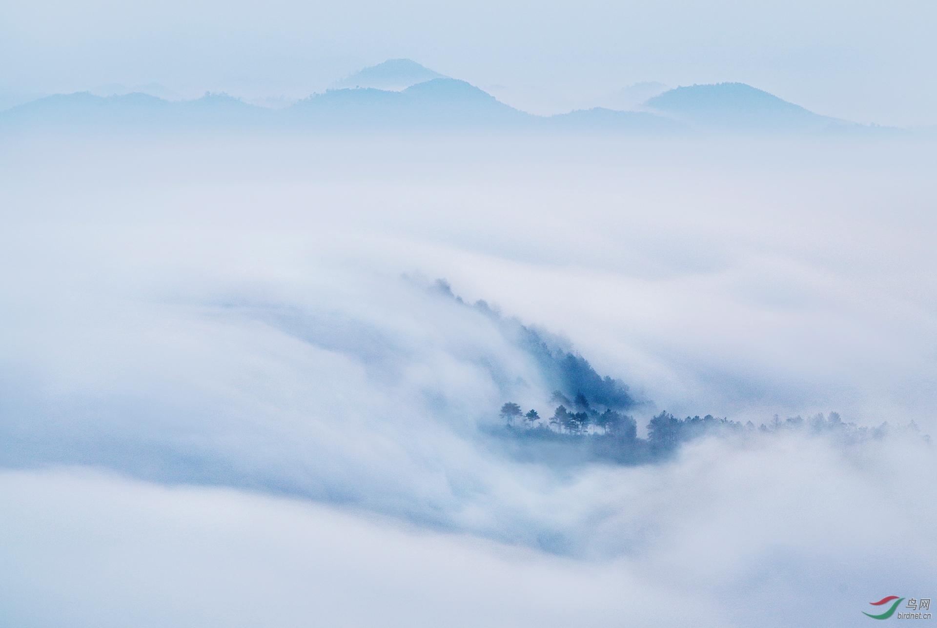 0345.飞瀑探涧》-万丽敏 纯自然风光.jpg
