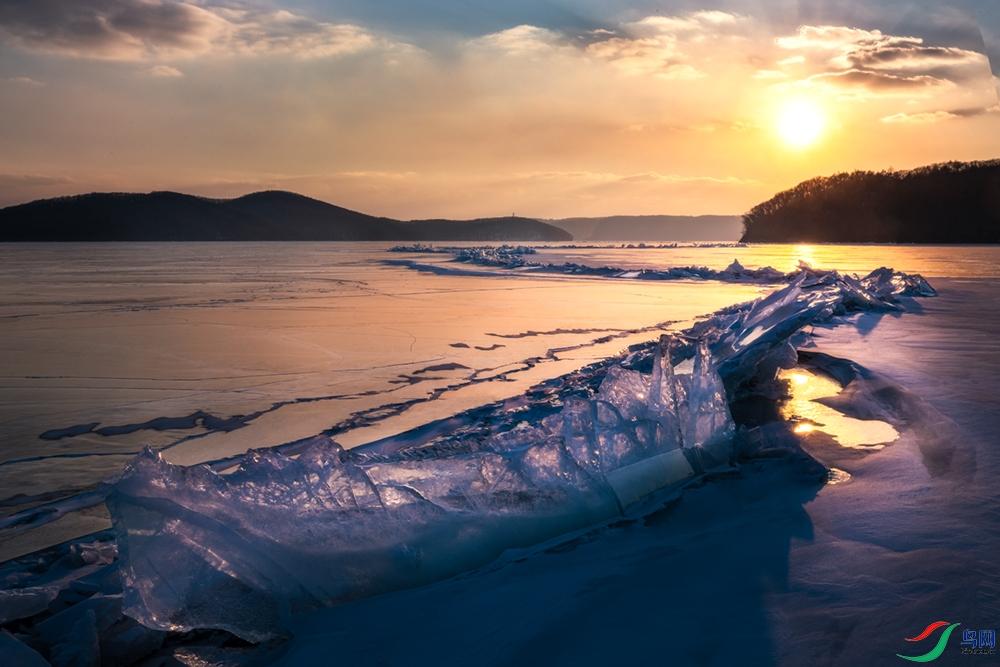 永不融化的冰川.jpg