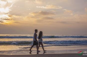 假日海滩(视频)(祝贺荣获首页视频精华)