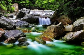 天堂之水(祝賀劉國林老師榮獲首頁綜合精華)